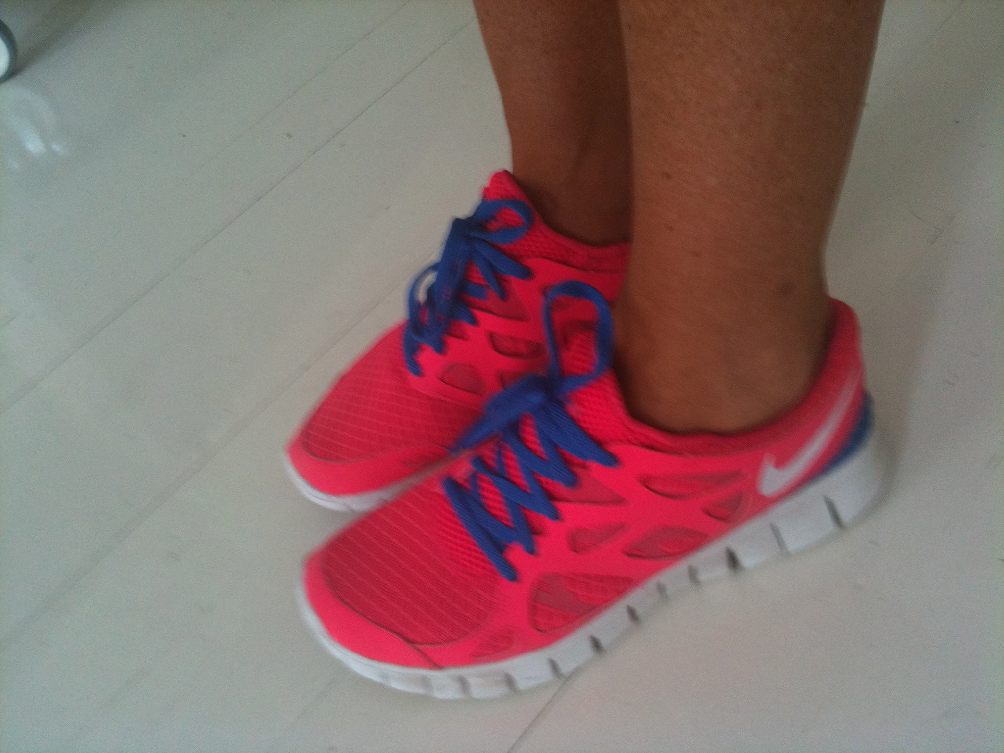nike free with no socks