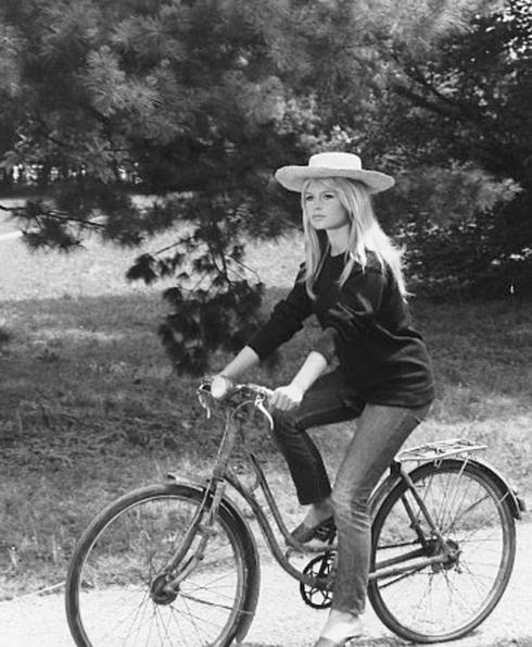 Brigitte-Bardot-Bike-2
