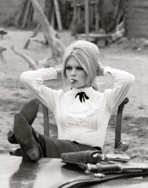ozartsetc_brigitte-bardot_the-temptress-of-st-tropez_01-e1330484075160
